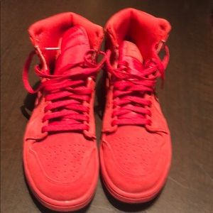 Men's Nike Air Jordan 1 red Suede